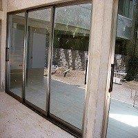 Esquadrias de alumínio para porta de correr